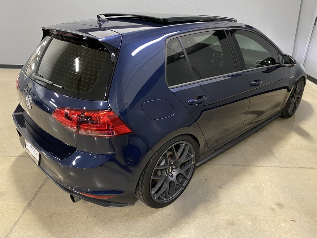 Pre-Owned 2016 Volkswagen Golf GTI SE